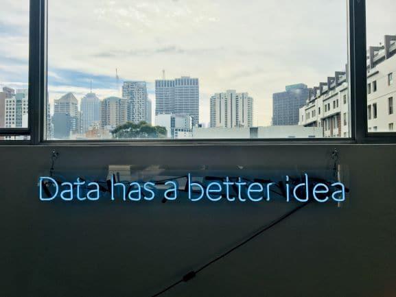 Künstliche Intelligenz im Handel: Hype oder Realität?